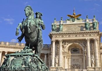 Prinz Eugen Denkmal, Heldenplatz in Wien